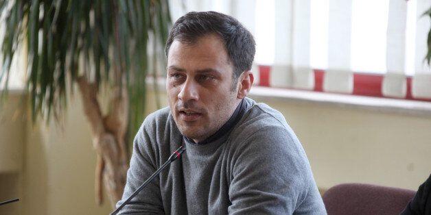 Μιλάει στη HuffPost Greece o Δήμαρχος Φιλαδέλφειας για τη νέα επίθεση στο Δημοτικό