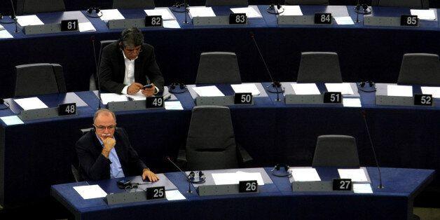 Ερώτηση Δημήτρη Παπαδημούλη σε Μάριο Ντράγκι για την πολιτική της Ευρωπαϊκής Κεντρικής Τράπεζας, αναφορικά...