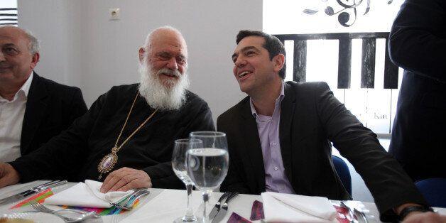 Διαψεύδει ο ΣΥΡΙΖΑ τις φήμες περί τοποθέτησης του Αρχιεπισκόπου για την εκλογή Προέδρου της