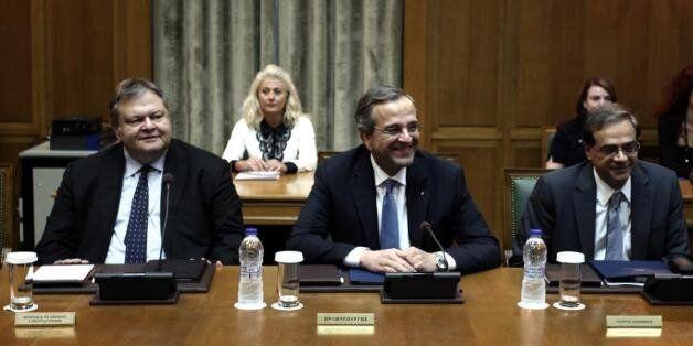 Μαραθώνια συνάντηση Βενιζέλου-Σαμαρά για τις διαπραγματεύσεις με την