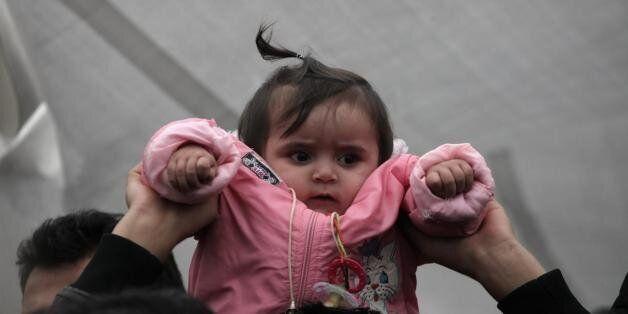 Σε ξενώνα αλληλέγγυων οι γυναίκες και τα παιδιά των