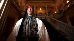 Δημοσίευμα WSJ: Επιταχύνουν την προεδρική εκλογή στην Ελλάδα αμέσως μετά τις γιορτές των