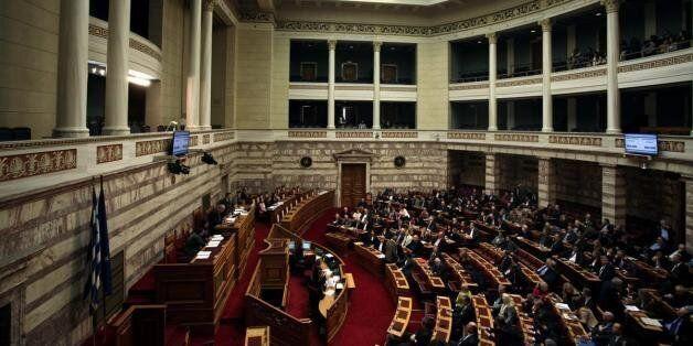Κείμενο 20 βουλευτών για συναινετική εκλογή ΠτΔ και εκλογές εντός του