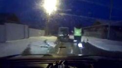 Video: Όταν το όχημα αδυνατεί...ο αστυνομικός συνεχίζει την καταδίωξη με τα