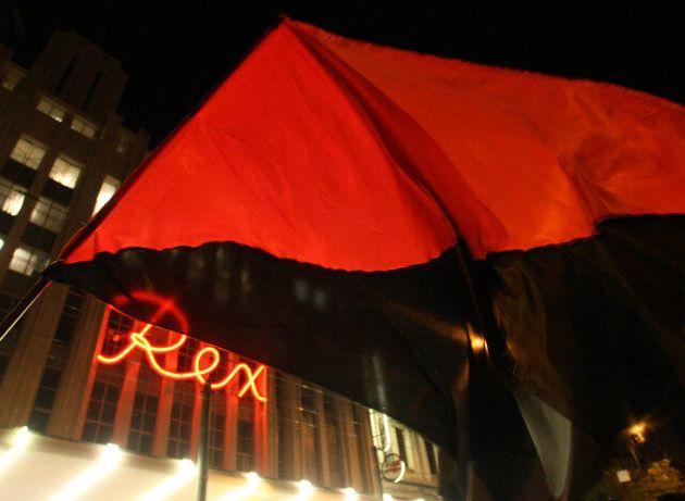 Επεισόδια σε Αθήνα και σε άλλες πόλεις αμαύρωσαν τις μεγάλες πορείες στη μνήμη του Αλέξη Γρηγορόπουλου...