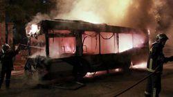 Νέα πρακτική των κουκουλοφόρων οι πυρπολισμοί και οι αρπαγές λεωφορείων – Συναγερμός στην