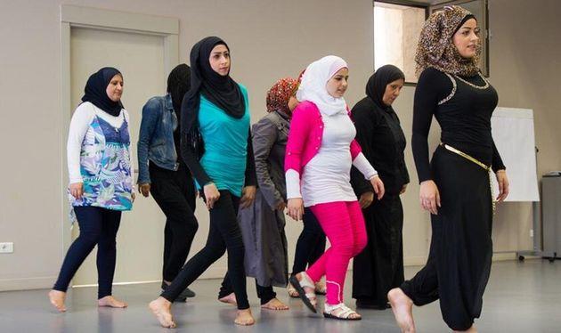 Γυναίκες από τη Συρία ανεβάζουν την «Αντιγόνη» του Σοφοκλή για να αφηγηθούν τη θλίψη