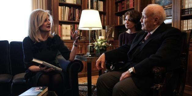 Συνάντηση Αριάννας Χάφινγκτον-Παπούλια: Βόμβες εναντίον της