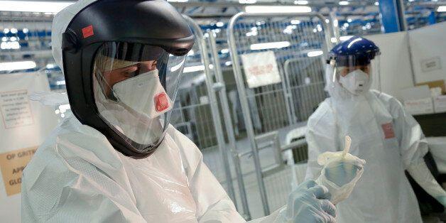 Εμβόλιο κατά του Έμπολα εμφανίζεται «πολλά υποσχόμενο» μετά από δοκιμές σε