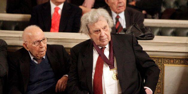 Θεοδωράκης: «Οι πιστωτές μας δεν θέλουν να μας αφήσουν από τις δαγκάνες