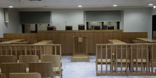Siemens: 64 στο εδώλιο ζητεί ο εισαγγελέας για την υπόθεση της «σύμβασης 8002» του