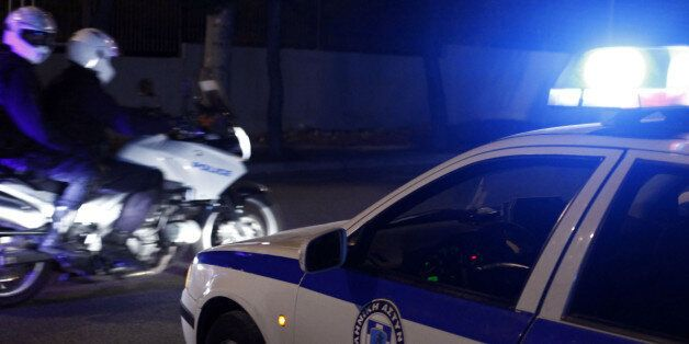 Επίθεση με μολότοφ εναντίον αστυνομικών στο κέντρο της