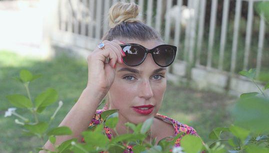 Emma Norstrom: Ένα κορίτσι που θέλεις να το βάλεις σε