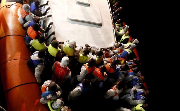 L'Italia non è più sola sui migranti. C'è intesa sulla redistribuzione temporanea di chi arriva via