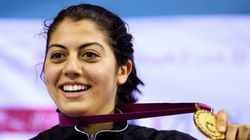 Après avoir fondu en larmes à la radio: Le ministère de la Jeunesse et des Sports répond à l'escrimeuse tunisienne Azza