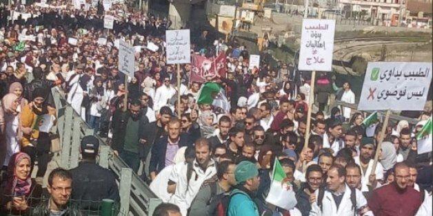 Marche grandiose des médecins résidents à Constantine (PHOTOS,