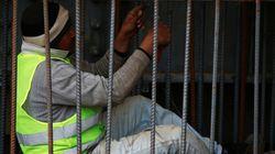Ouvriers et agents de gardiennage en Tunisie: Les chiffres accablants révélés par le ministre des Affaires