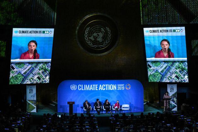 Greta Thunberg a été l'une des premières personnes à prendre la parole au...