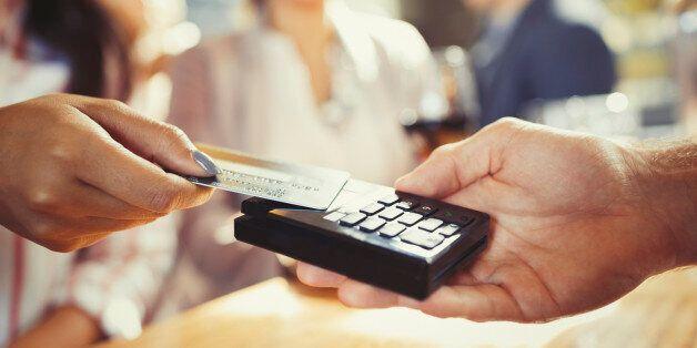 Le Maroc veut développer le paiement par carte sans