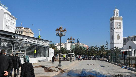 Dernières retouches à la Place des Martyrs, métamorphosée