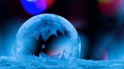 Il filme la cristallisation d'une bulle et le résultat est fascinant