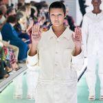 Modella protesta in passerella da Gucci: ''La salute mentale non è