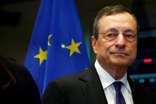 Draghi saluta l