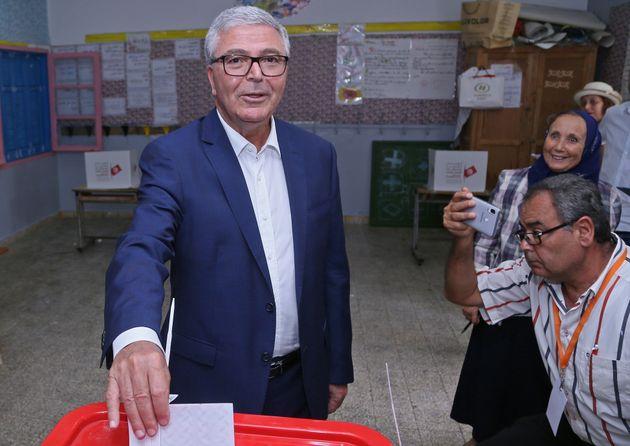Abdelkrim Zbidi tacle Youssef Chahed et l'appelle à