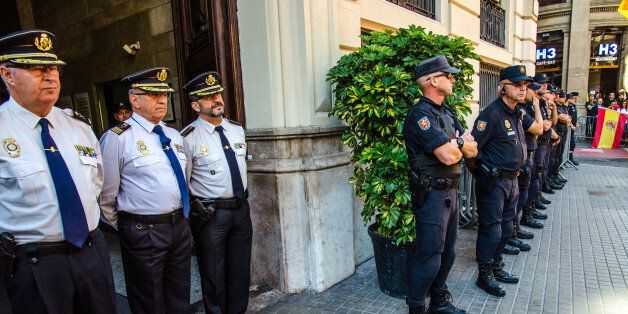 BARCELONA, CATALONIA, SPAIN - 2017/10/29: The Spanish national police inspectors are to receive flowers...