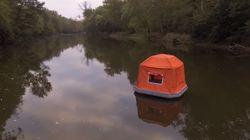 Cette tente permet aux amoureux de nature de camper directement sur