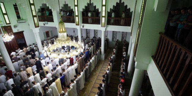 Algeria, Algiers province: prayer at Mahfoud Kerrar during Ramadan (2016/06/23). (Photo by: Andia/UIG...