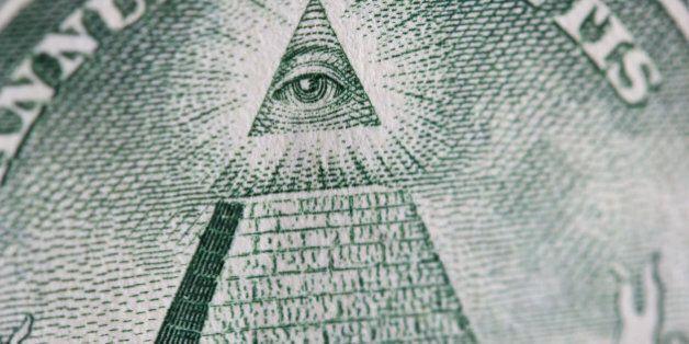 Comment les adeptes des théories du complot voient le monde? Une étude