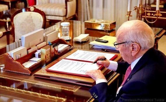 Béji Caid Essebsi et son Nokia