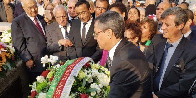 Massacre du 17 octobre 1961 : cérémonie de recueillement sur le pont Saint-Michel à