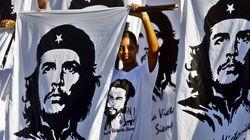 Bolivie: l'armée rend hommage au Che, après l'avoir abattu en