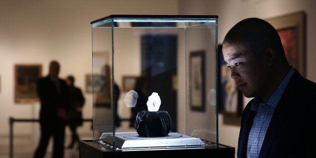 Le diamant brut de 1109 carats Lesedi La Rona exposé à New York le 4 mai