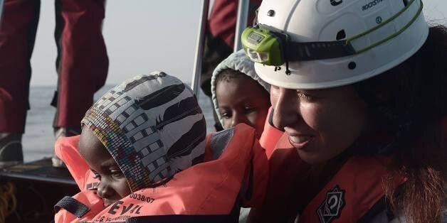 Reem, une Tunisienne secouriste en Méditerranée, elle a vu la détresse des