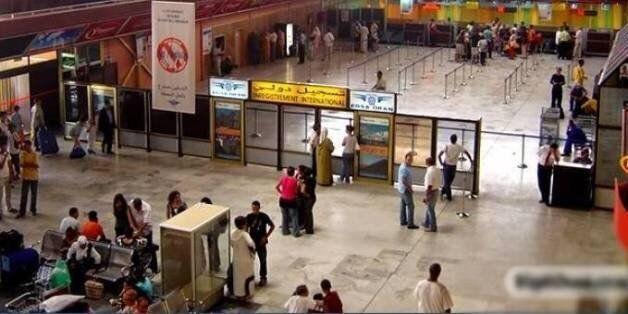 Aéroport d'Oran: une passagère arrêtée avec 55 cartouches de cigarettes