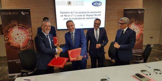 Pietro Gorlier, PDG de Magneti Marelli avec Moulay Hafid Elalamy, ministre de l'Industrie en présence...