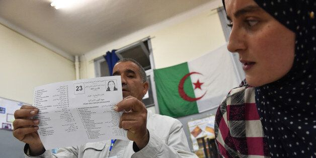 Elections parlementaires en Algerie, le 4 mai, 2017. Alger. / AFP PHOTO / RYAD KRAMDI (Photo credit should...