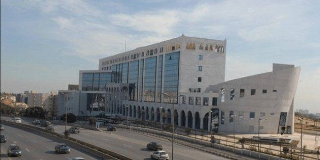 Université Alger 3: un professeur licencié sans motif