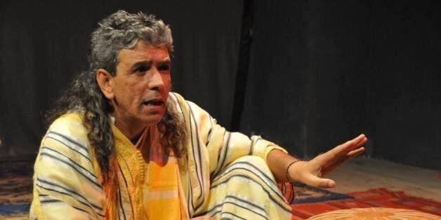 Le conteur Mahi Seddik ravit la communauté algérienne à