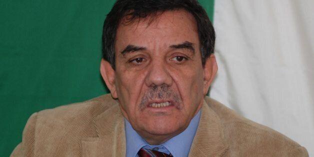 Moussa Touati révèle que son parti a payé un pot de vin pour son siège à l'APN et