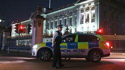 GB: un homme arrêté après avoir attaqué des policiers devant Buckingham