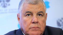 Pétrole: l'AIE entrevoit un rééquilibrage mais critique