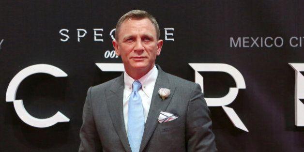 Daniel Craig rempile pour
