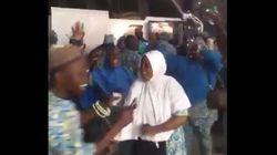 Des pèlerins africains mettent l'ambiance à leur arrivée à Médine