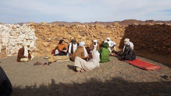 Des étudiants s'engagent à apporter la lumière au village touareg
