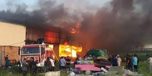 Tizi-Ouzou : un incendie ravage une unité de transformation de plastique à Fréha, pas de