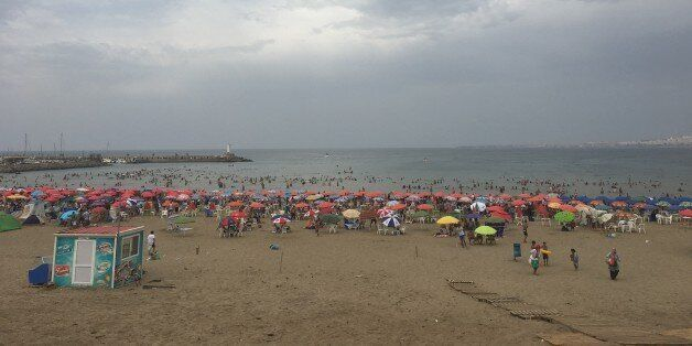 Que portent vraiment les algériennes à la plage
